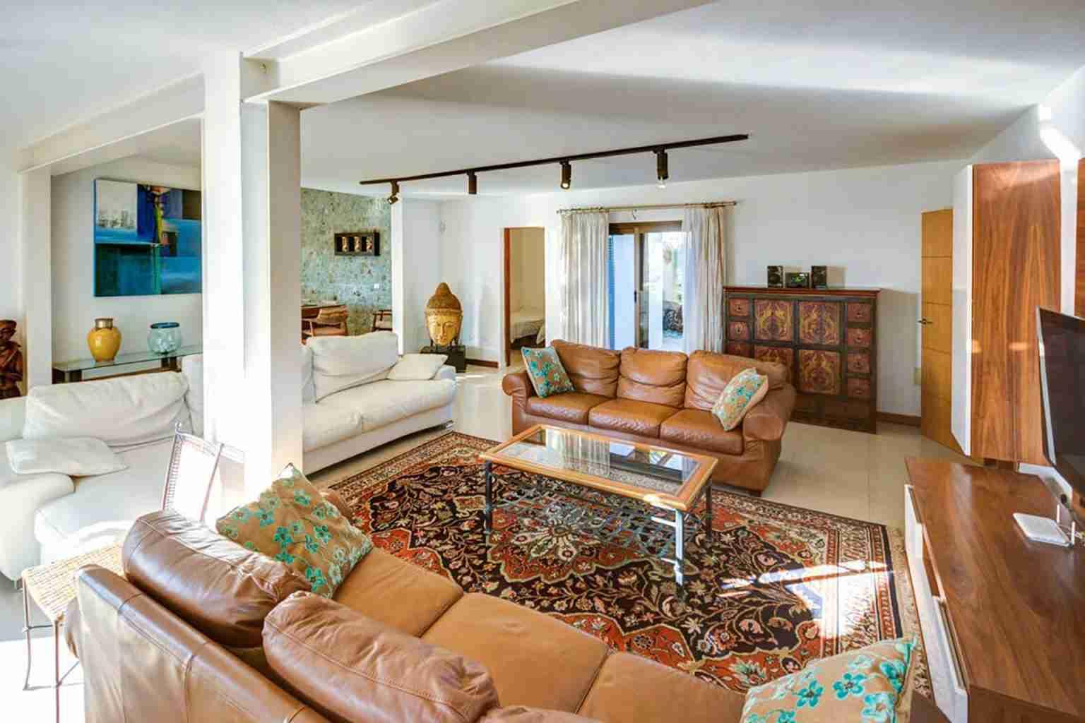 Lounge-area-5